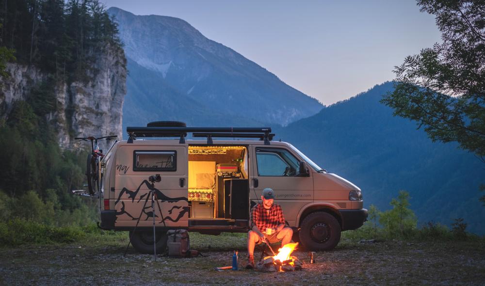 5 Geschichten von Teilzeit-Nomad*innen, die das #Vanlife leben und dich inspirieren, deinen eigenen Van zu kaufen