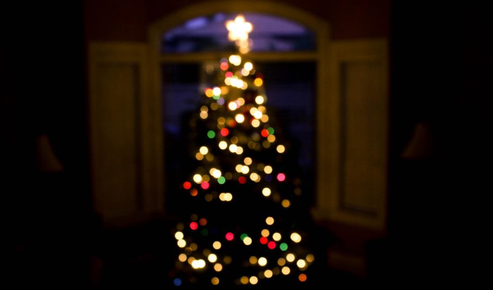 Hinter den Bergen: Diese 37 Dinge erleben wir alle irgendwie mal zu Weihnachten
