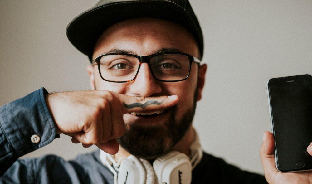 Und, wie woas die ersten Joberfahrungen als Jugendlicher zu machen, Ali Mahlodji? Podcast Folge 16